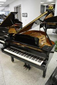 Yamaha C3 Grand Piano – Piano Demo Videos for Jim Laabs Music