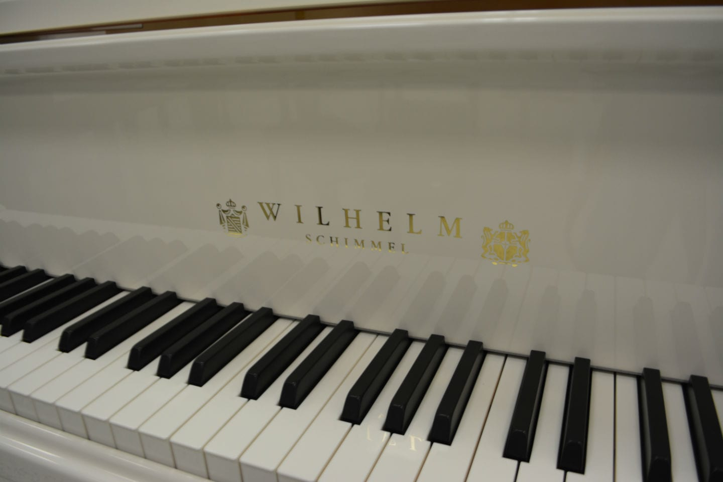 Schimmel Wilhelm 180 Grand Piano White Polish