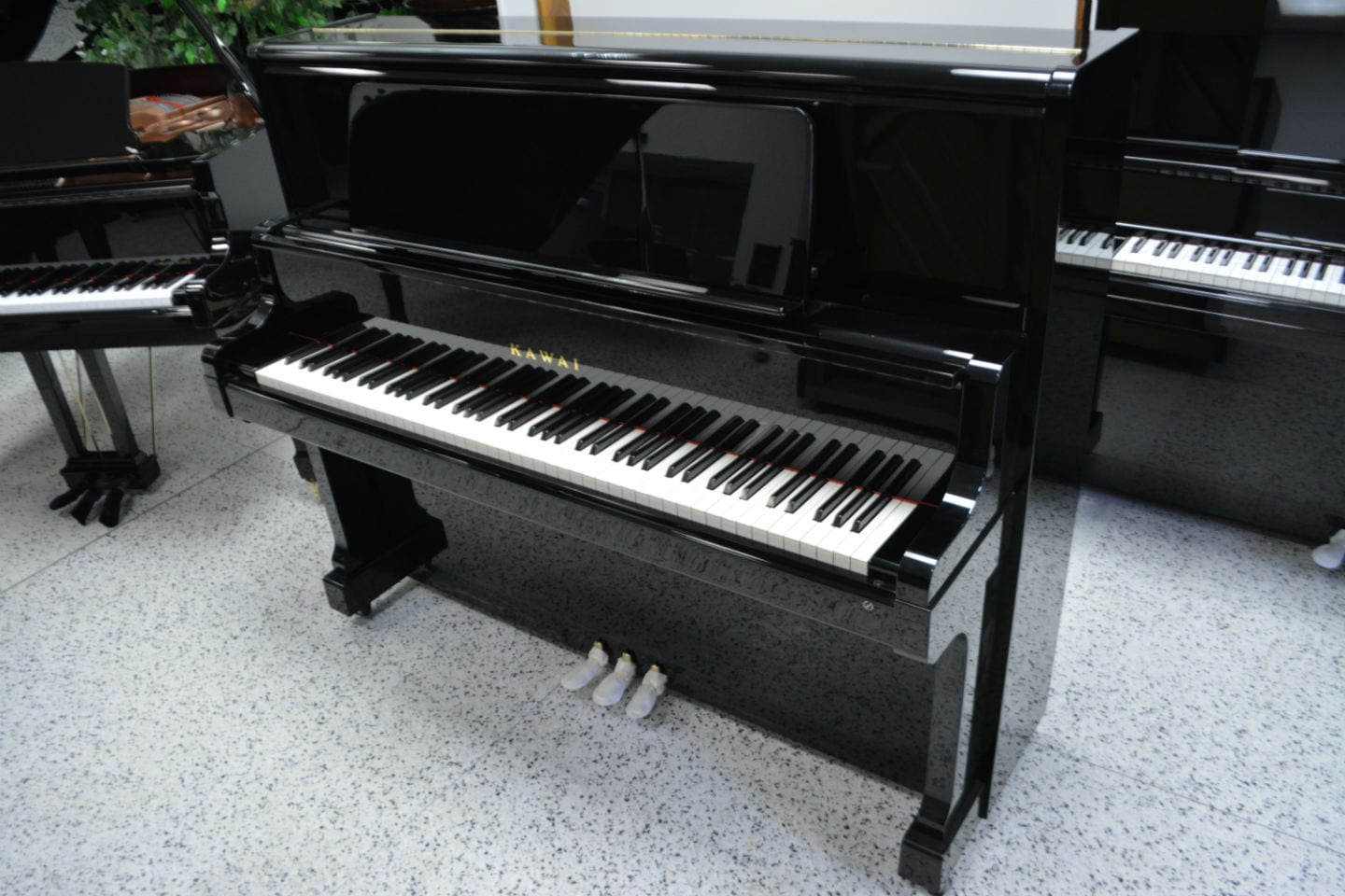 Kawai US-5X Custom Upright Piano