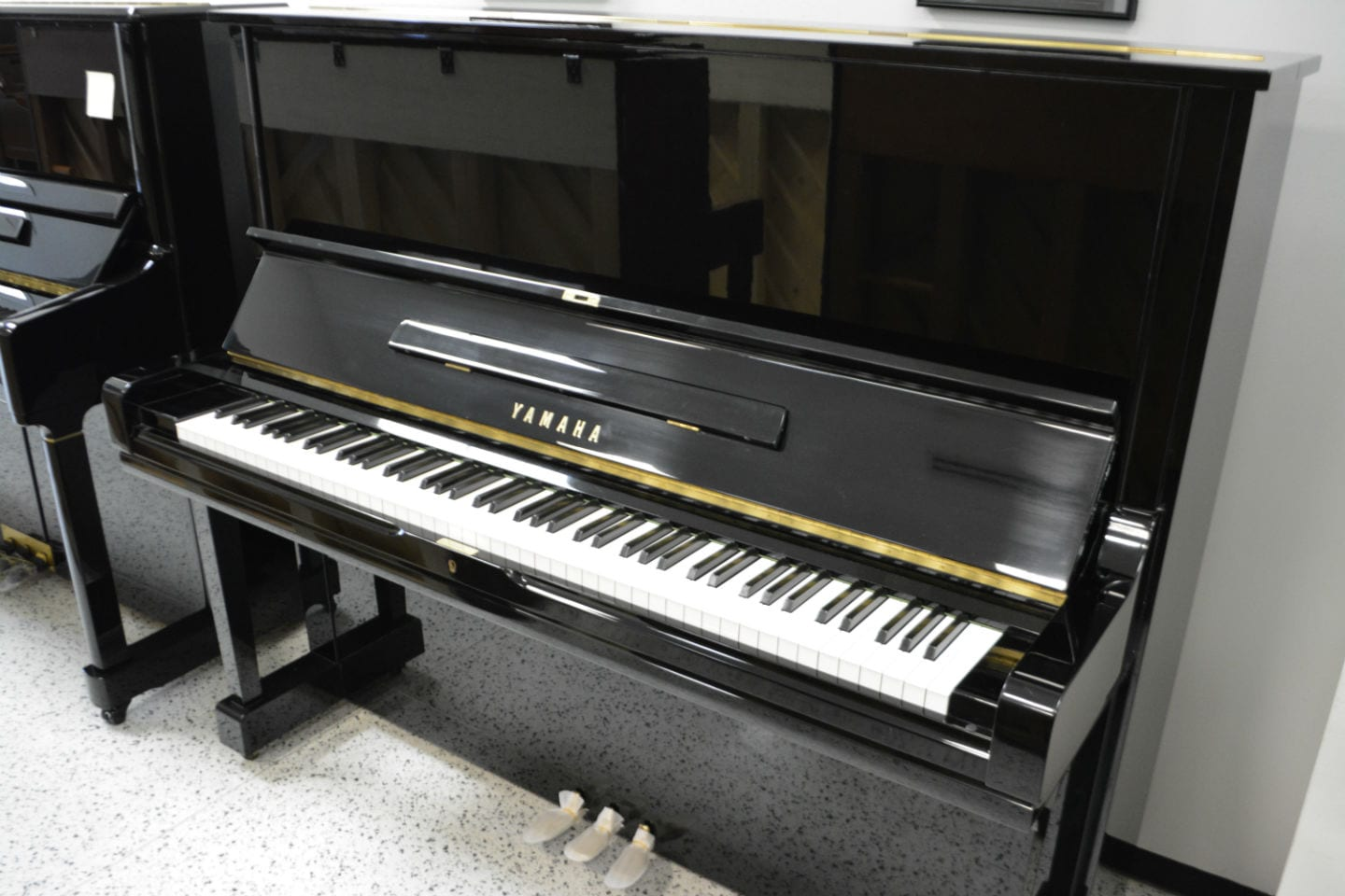 Yamaha u3 upright piano for Piano upright dimensions