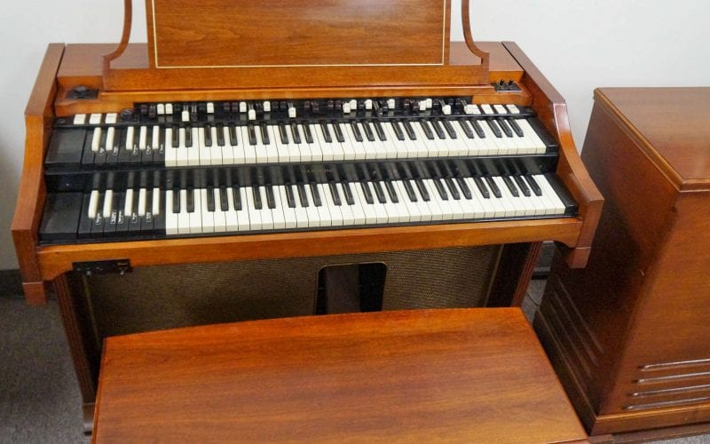 Hammond A100 organ front