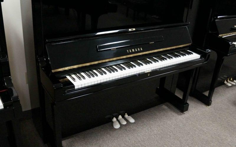 Yamaha U3H2671645-front
