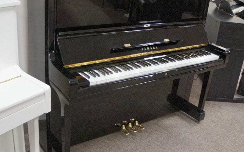 Yamaha U3 1924418