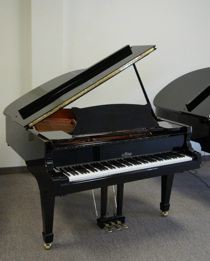 Yamaha C3 Grand Piano Black Polish