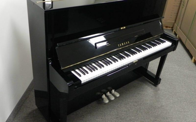 Yamaha U1 2758185
