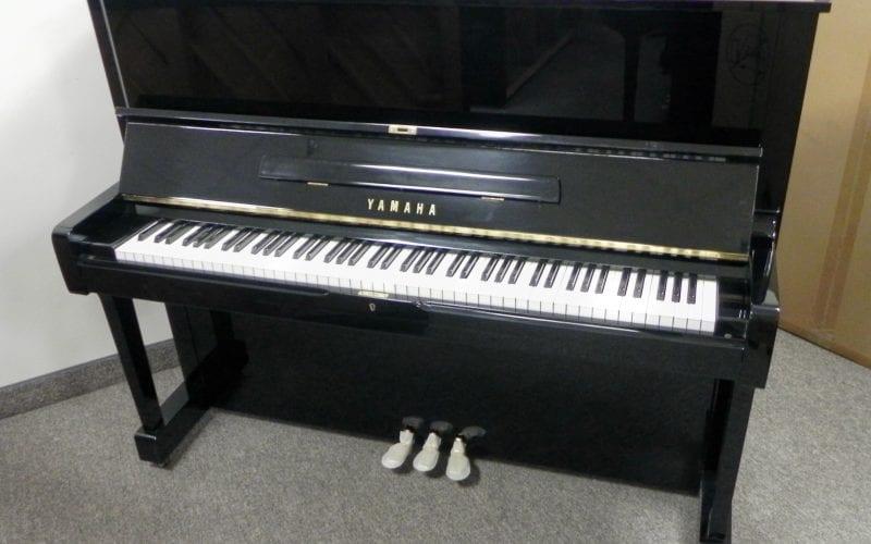 Yamaha U1 2909681