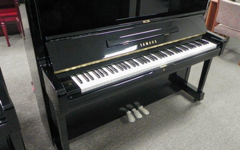 Yamaha U1 4176441