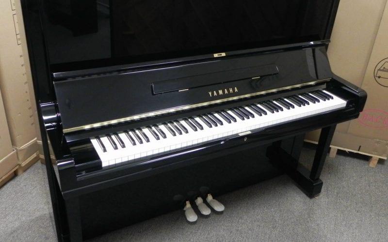 Yamaha U3 2768669