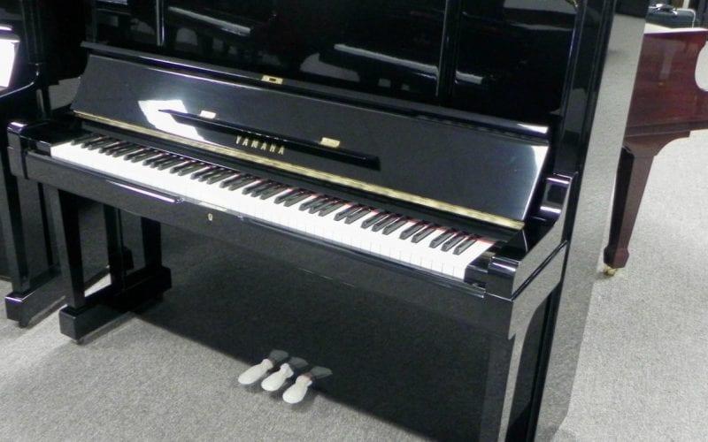 Yamaha UX3 Upright