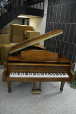 Kimball Grand Piano 5'8 Walnut Satin